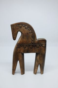 Equestrian Gifts, Lappland, Wooden Horse, Bee Art, Horse Sculpture, Naive Art, Equine Art, Horse Art, Wood Carving