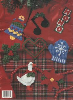 PLASTICS CANVAS CHRISTMAS CUTIES