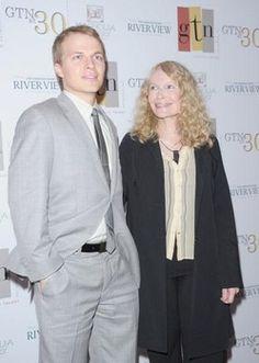 Mia Farrow suggests Frank Sinatra fathered Ronan Farrow