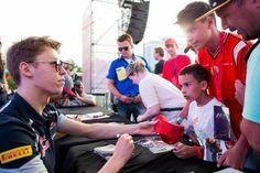Fan Talking with Daniil Kvyat ahead of #EuropeanGP at the Baku City #F1 Circuit in Azerbaijan