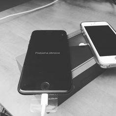 #itpomoc #itservis #mobilservis #mobilpomoc  #apple #iphone #bratislava #slovakia  Ak máte nový mobil a potrebujete skopírovať dáta zo starého či nastaviť e-maily sme tu pre vás a radí vám pomôžeme. Bratislava, Mobiles, Apple Iphone, Charger, Electronics, Instagram, Mobile Phones, Consumer Electronics