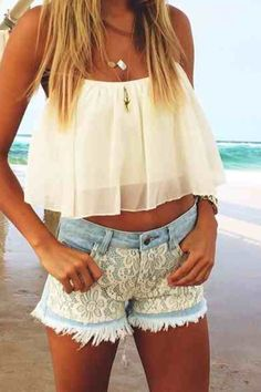 Flowy crop top + cream lace shorts♡