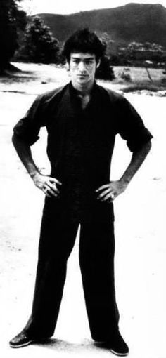 That simple style. Bruce Lee, Brandon Lee, Way Of The Dragon, Enter The Dragon, Big Dragon, Jeet Kune Do, The Big Boss, Martial Artists, Child Actors