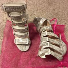 Snake Skin Heels 5.5