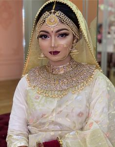 Pakistani Bridal Couture, Bridal Poses, Funny Quotes For Kids, Perfect Bride, Wedding Girl, Bridal Makeup Looks, Bridal Pictures, Gold Jewellery Design, Bridal Dresses