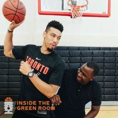 Danny Green Pro Basketball, Basketball Players, Nba Funny, Funny Memes, Rap City, Nba Memes, Toronto Raptors, Nba Champions, A Team