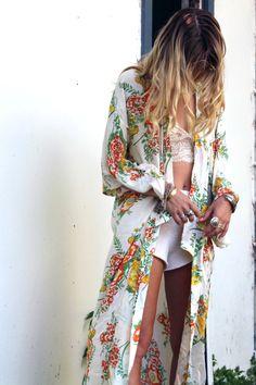 http://www.arnhem.co/bowerbird-kimono-pagan-spring/#.UkwwCtIZqSo