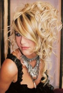 Long Hair Styles for Prom Similar: http://www.hairpop.net/products/big-grace-ninja