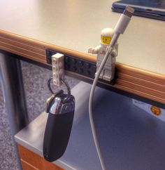 Lego als Haushaltshelfer? Na klar – hier sind 16 tolle Tricks. – berangere quinty Lego als Haushaltshelfer? Na klar – hier sind 16 tolle Tricks. Lego als Haushaltshelfer? Na klar – hier sind 16 tolle Tricks. Lifehacks, Deco Lego, Figurine Lego, Sugru, Ideas Para Organizar, Lego Figures, Everyday Objects, Everyday Items, Organization Ideas