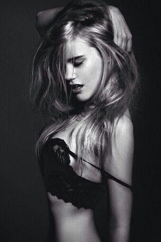 Are you KIDDING ME? And I thought Emma Watson couldn't be any more gorgeous