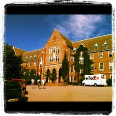 Our gorgeous EF School in Boston, let's go inside to meet the students!