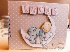 Libro bebé primer año - Sueños de Papel Scrapbook Bebe, Baby Scrapbook Pages, Scrapbook Albums, Album Baby, Toddler Themes, Baby Journal, Baby Memories, Baby Keepsake, Little Elephant