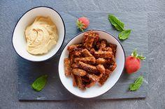 Lækker opskrift på rugbrøds-snacks Snacks, Almond, Food, Appetizers, Eten, Almond Joy, Almonds, Meals, Treats
