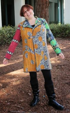 TOC Kantha Jacket Self Made Earrings! Get Your Motor's Running Contest - the Results Kantha Jacket I first became aware of coat. Quilted Clothes, Sewing Clothes, Quilted Jacket, Quilted Coats, Coat Patterns, Clothing Patterns, Sewing Patterns, Jacket Pattern, Kantha Quilt