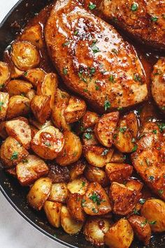 Mustard Pork Chops and Potato Skillet Honey Mustard Pork Chops and Potatoes Skillet - Best ever melt in your mouth, super delicious pork chops!Honey Mustard Pork Chops and Potatoes Skillet - Best ever melt in your mouth, super delicious pork chops! Skillet Pork Chops, Tender Pork Chops, Pork Chops And Potatoes, Skillet Potatoes, Sous Vide Pork Chops, Pork And Potato Recipe, Pork Chop Recipes, Salmon Recipes, Chicken Recipes