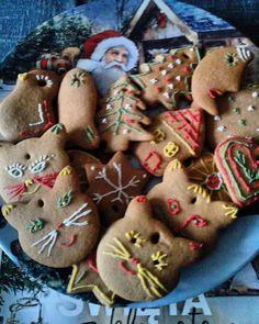 A to moje pierniczki na choinkę i nie tylko...#dzieńdobry #miłegodnia #pierniczkiświąteczne #goodmorning #cockies #christmas