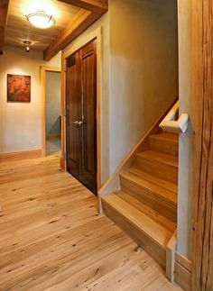 As you'd expect, there are some knots and signs of previous use, as well as color variation as we typically supply this as a mix of Red & White Oak. Expect a warm palette of colors, with dense & varying grain patterns.