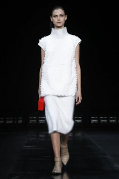 Helmut Lang Ready To Wear Fall Winter 2014 New York - NOWFASHION