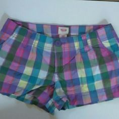 Cute shorts! Cute pair of multicolor shorts. Side slit pockets and back button pockets. Only worn a few times. Mossimo Supply Co Shorts
