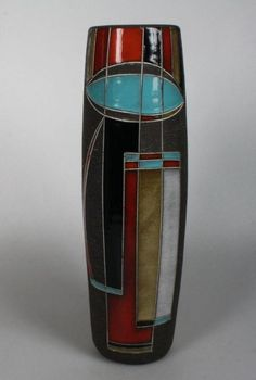 blue eye vase designed by Ravelli