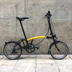 Cap Problema Bicicleta Brompton, Folding Bicycle, Unicycle, Herren Outfit, Mini Bike, Bicycling, Road Bike, Biking, Sports
