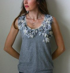 Recycled T-Shirt -Tank Top Tutorial --looks almost like leaves Tank Top Tutorial, Shirt Tutorial, Diy Clothing, Sewing Clothes, Fashion Sewing, Diy Fashion, T-shirt Refashion, T Shirt Remake, Umgestaltete Shirts