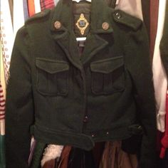 Dark green cropped military jacket Pictures don't do this justice. This is a beautiful dark green and it's really well made. So cute on. Not FP Free People Jackets & Coats