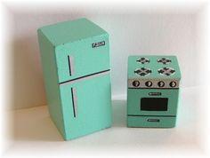 DIY Dollhouse Furniture   ... to make miniature or dollhouse furniture ...   Home: DIY Dollhou