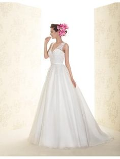 Robe de mariée 2015 en tulle applique avec bretelles chic pas cher