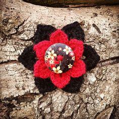 Crochet Brooch designed and handmade by © Elvira Jane