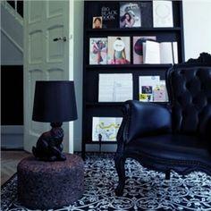 Moderne Tischleuchte Hasen Design Schwarz im Kinderzimmer