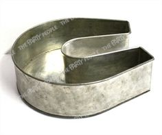 Horse Shoe Cake Tin Hire