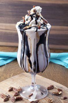 Turtle Coffee Milkshake | Wishes and Dishes