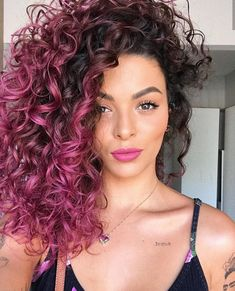 Pink curly hairstyles are classy and beautiful! Add uniqueness to yourself with these hairdos with pink curls and make head turns. Curly Purple Hair, Ombre Curly Hair, Curly Hair With Bangs, Colored Curly Hair, Ombre Hair Color, Dyed Hair, Curly Hair Styles, Natural Hair Styles, Color For Curly Hair