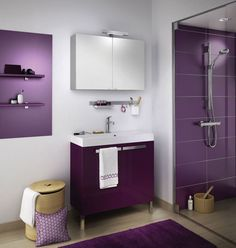Love this purple bathroom! Video Games For Kids, Kids Videos, Purple Bathrooms, Concrete Bathroom, Pink Room, All Things Purple, Kitchen Colors, Kitchen Flooring, Room Interior