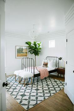 Ideas About Modern Farmhouse Bedroom On Pinterest Farmhouse Bedrooms