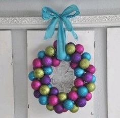 Jolly Ornament Wreath | AllFreeChristmasCrafts.com
