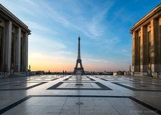 Photo Sunrise on Trocadero square by David Duchens on 500px