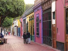Just go for a stroll in downtown Barranco and this is what you will find. Simply beautiful
