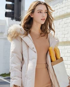 Tropical Outfit, These Girls, Blazer, Clothes For Women, Stylish, Lady, Womens Fashion, Pretty, Dress Shoes