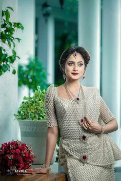 Sari Wedding Dresses, Bridal Sari, Saree Wedding, Wedding Attire, Bridal Dresses, Bridal Dress Design, Bridal Style, Christian Wedding Sarees, Srilankan Wedding