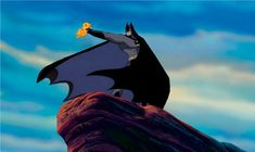 The Lion King is waaay better with Batman. 21 Photos That Prove Everything Is Better With Batman Dc Memes, Funny Memes, Funny Quotes, Funny Art, Art Quotes, Nananana Batman, I Am Batman, Batman Stuff, Batman Meme