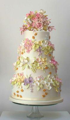 par exemple c'est une tarte avec des fleurs de différentes couleurs