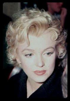 Marilyn at the Ram Restaurant in Sun Valley, Idaho, 1956.
