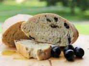 Ja upečiem kvaskový olivový chlebík a doručím ho v rámci Bratislavy - Jaspravim.sk Bratislava, Ale, Bread, Food, Ale Beer, Ales, Breads, Hoods, Meals