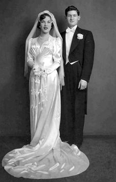 We love this wedding image from 1939 Check out that beautiful dress
