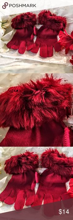 ☃️☃️☃️knit woman's gloves ☃️☃️☃️ ☃️☃️☃️knot gloves with a little pizzazz☃️☃️☃️saw them had to order them so cute had a pop in them with the red imitation fur ted lady one size  Accessories Gloves & Mittens
