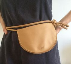 archway pouch by are