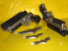 early version Batgun w/ Batarangs