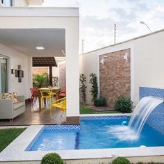 137 the small pool patio diaries- page 1 Pool Decor, Dream Pools, House Exterior, Patio Design, Small Pool Design, Swimming Pool Designs, Pool Houses, Villa Design
